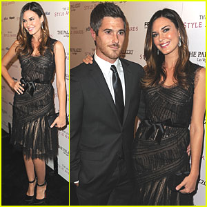 Odette Yustman: Hollywood Style Awards with Dave Annable!