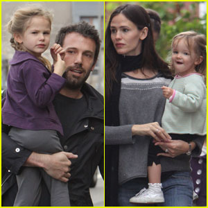 Jennifer Garner & Ben Affleck: Last Minute Shopping