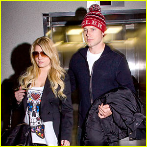Jessica Simpson: LAX Arrival with Eric