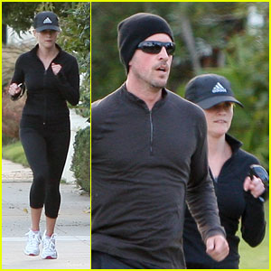 Reese Witherspoon: Jogging with Jim Toth