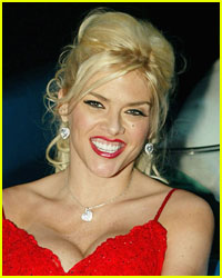 Judge Drops Charges Against Anna Nicole Smith's Boyfriend