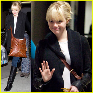 Emma Stone Lands at LAX