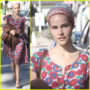 Isabel Lucas: Los Feliz Flower Girl