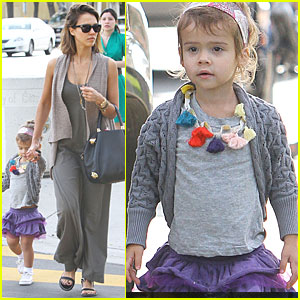 Jessica Alba: Honor is a Beverly Hills Baby