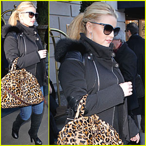 Jessica Simpson: New Year in New York!