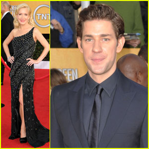 John Krasinski & Angela Kinsey - SAG Awards 2011 Red Carpet