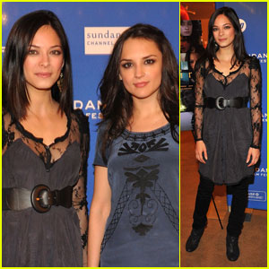 Kristin Kreuk: 'Vampire' Premiere with Rachael Leigh Cook!