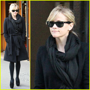 Reese Witherspoon: Parisian Shopping Spree