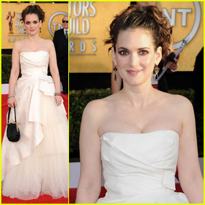 Winona Ryder - SAG Awards 2011 Red Carpet