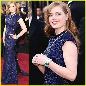 Amy Adams - Oscars 2011 Red Carpet