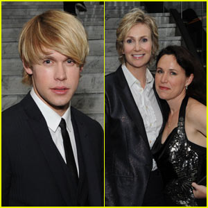 Chord Overstreet &amp; Jane Lynch: Warner Music Glee!