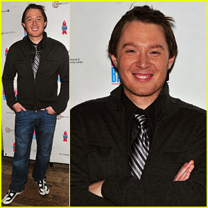 Clay Aiken: Broadway Backwards Benefit!