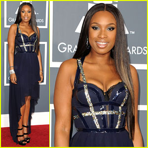 Jennifer Hudson - Grammys 2011 Red Carpet
