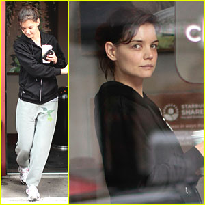 Katie Holmes: Canadian Coffee Run