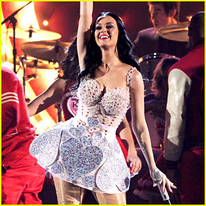 Katy Perry: Grammys Performance Featuring Wedding Video!
