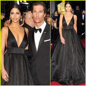 Matthew McConaughey & Camila Alves  - Oscars 2011 Red Carpet