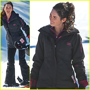 Megan Fox: Snowboarding with Jon Hamm!