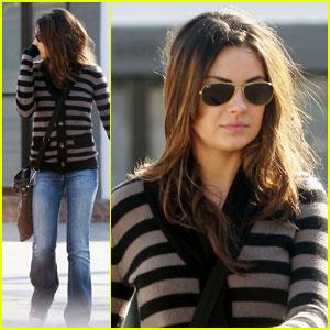 Mila Kunis: Being Called 'It Girl' Makes Me Laugh!