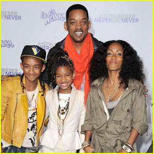 Willow Smith: 'Never Say Never' Premiere with the Family!