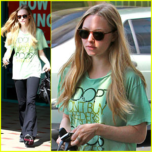 Amanda Seyfried: Adopt Your Pet!