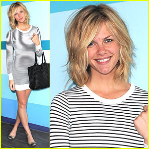 Brooklyn Decker Chops Off 10 Inches of Hair
