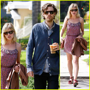 Kirsten Dunst: Sunday Stroll with Jason Boesel