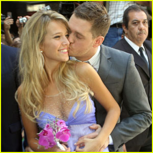 Michael Buble Marries Luisana Lopilato