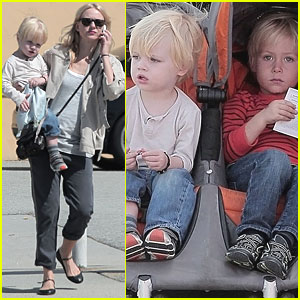 Naomi Watts & Liev Schreiber: Santa Monica with the Boys!