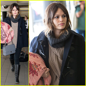Rachel Bilson: Early LAX Departure!