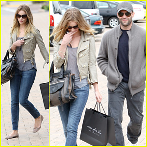 Rosie Huntington-Whiteley: Shopping Day with Jason Statham!