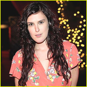 Rumer Willis Joins 'Love, Loss, and What I Wore'