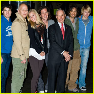 Glee Gang: Press Conference with Mayor Bloomberg!