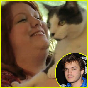 Emile Hirsch Directs Furry Friends in Eminem Song