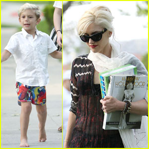 Gwen Stefani: Kingston's Nail Polished Toes!