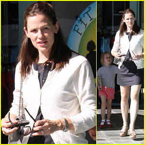 Jennifer Garner: Fit For Kids with Violet!