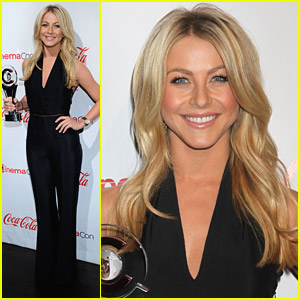 Julianne Hough: CinemaCon Awards 2011