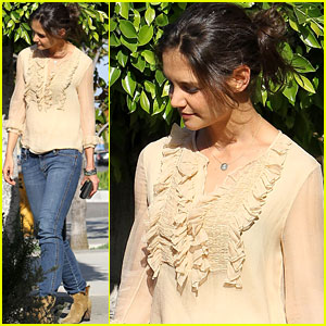 Katie Holmes: Taking the Hills by Storm!