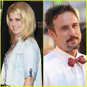 Kelly Osbourne & David Arquette at Beacher's Madhouse: Perfect Together!