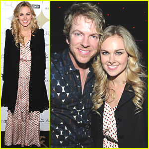 Laura Bell Bundy Celebrates Nashville in Las Vegas