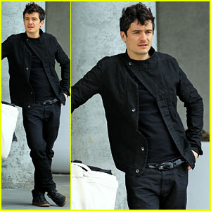 Orlando Bloom: Airport Arrival!