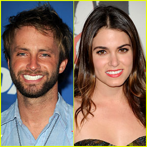 Paul McDonald & Nikki Reed: Dating!
