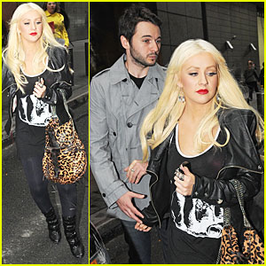 Christina Aguilera &#038; Matthew Rutler See a Show