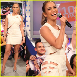 Jennifer Lopez: Cutout Dress for BET!