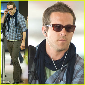 Ryan Reynolds: LAX Landing