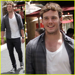 Sam Claflin Is A Grove Guy