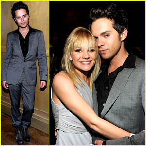Thomas Dekker: CW Upfront Party with Britt Robertson!