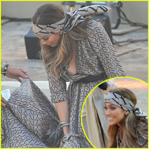 Jennifer Lopez: Wardrobe Malfunction was Clothing Tape!