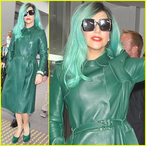 Lady Gaga Arrives in Japan!