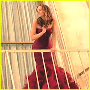 Leighton Meester: Vera Wang Lovestruck Commercial!