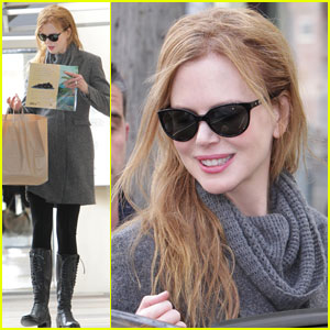 Nicole Kidman: Toy Shopping with Sis Antonia!